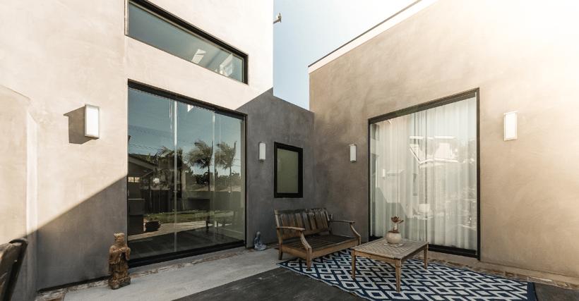 Carone Residence with Cover Glass frameless doors shut
