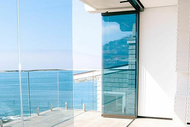 Types of doors, frameless glass doors