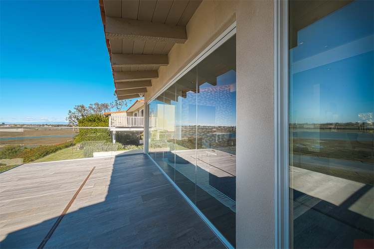 Room Transition Features | Cover Glass USA Frameless Sliding Glass Doors