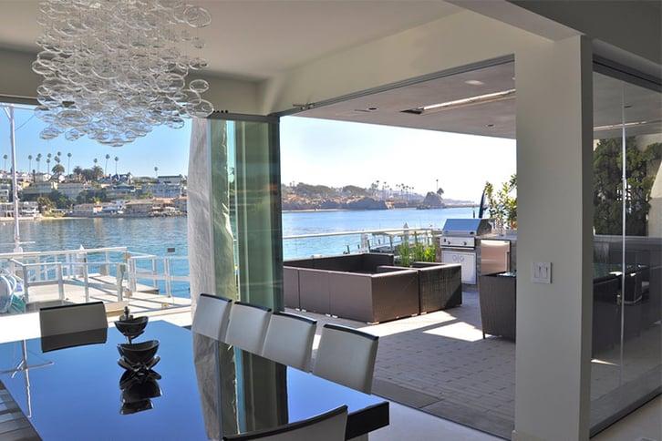 Open Floor Plan Pros & Cons | Cover Glass USA | Frameless Sliding Glass Door Systems
