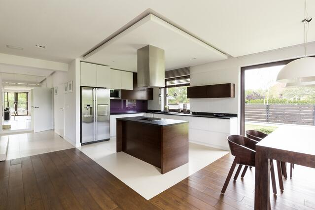 open floor plan_interior glass walls.jpeg