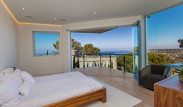 master bedroom frameless glass