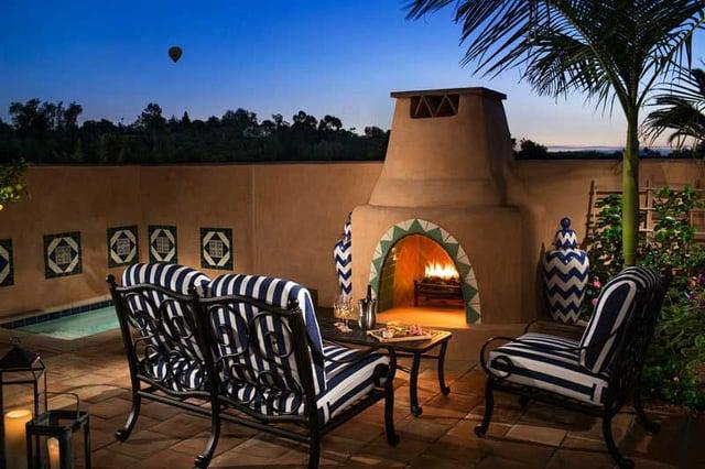 luxury hotel san diego patio
