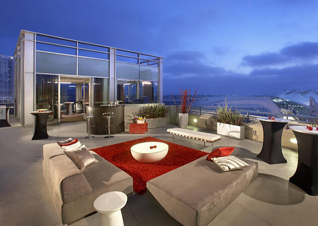 cozy outdoor spaces hotels San Diego