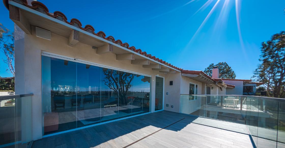 Cover Glass frameless glass door system